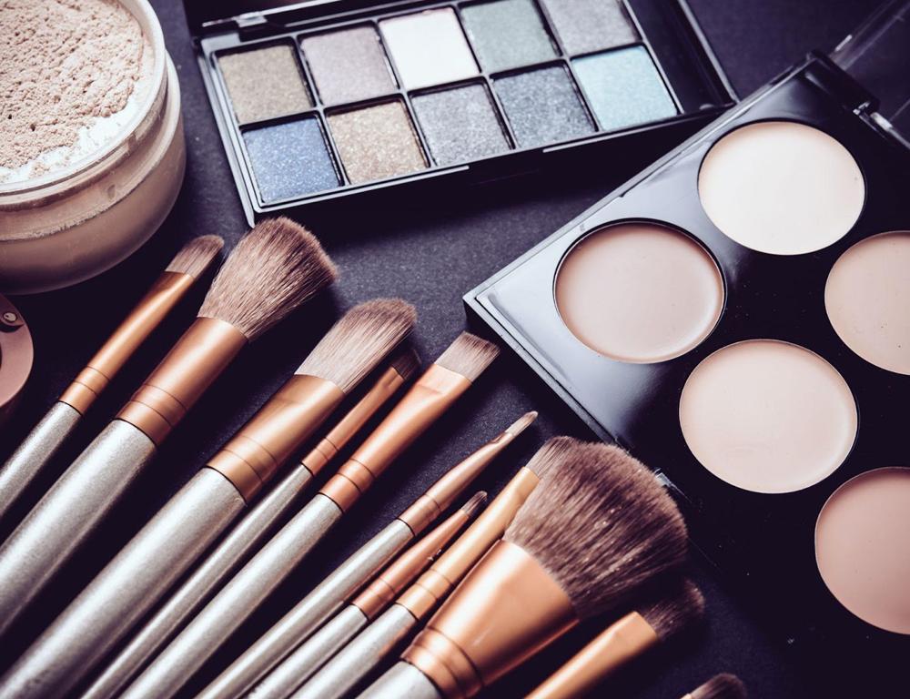 Nuevas disposiciones Andinas en el marco de la emergencia sanitaria para productos cosméticos, de higiene doméstica y absorbentes de higiene personal
