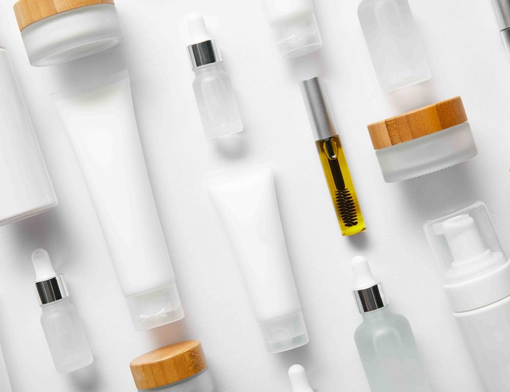 Invima informa que la Decisión Andina 833 de 2018 que regula productos cosméticos, entró en vigencia el 1 de marzo de 2021